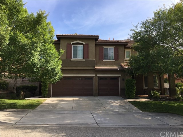 29155 Lakeview Ln, Highland, CA 92346