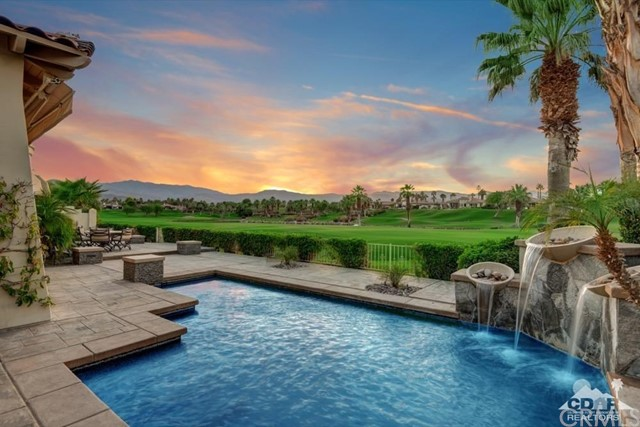883 Mission Creek Drive, Palm Desert, CA 92211