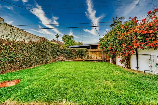 825 Westmont Drive, Alhambra CA: https://media.crmls.org/medias/32352d5e-04da-4f64-a478-7597675505cc.jpg