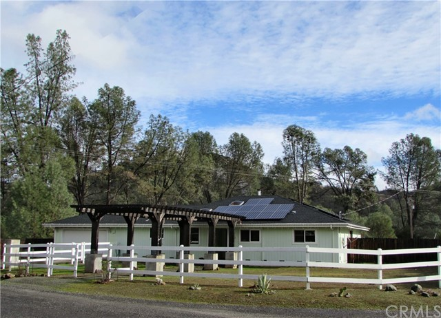 Photo of 2920 Chalk Mountain Way, Clearlake Oaks, CA 95423