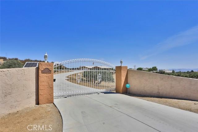 10224 Whitehaven St, Oak Hills, CA 92344 Photo 42