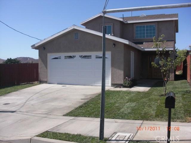 989 Fernando Street, Colton, CA 92324
