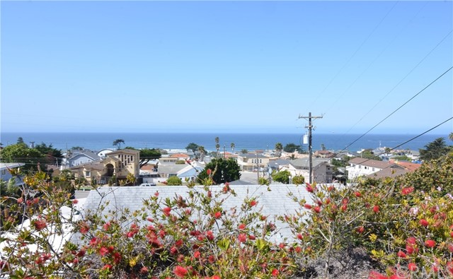 Property for sale at 198 6th Street, Cayucos,  California 93430
