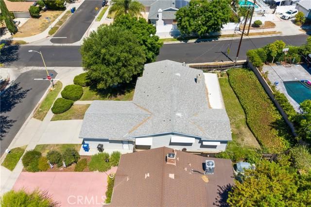 3. 23800 Tiara Street Woodland Hills, CA 91367