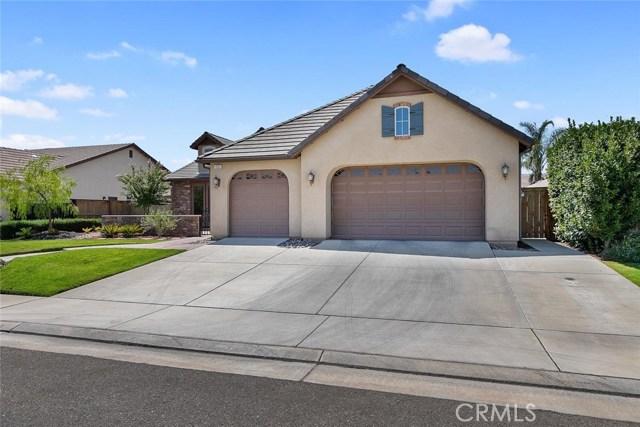 1052 Graybark Avenue, Clovis, CA 93619