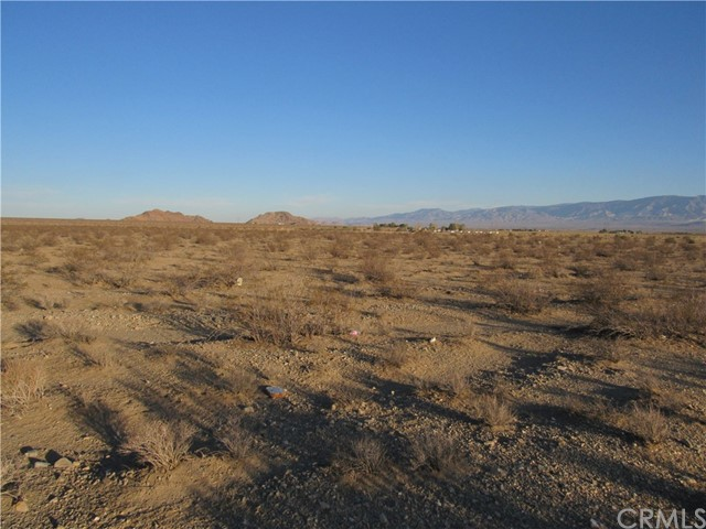 0 No End Road, Lucerne Valley, CA 92356