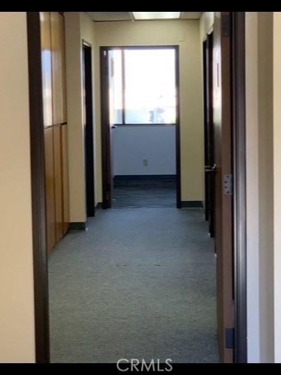 975 W 7th Street, Oxnard, CA 93030