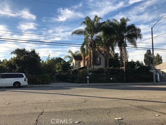 298 W Phillips Boulevard, Pomona, CA 91766
