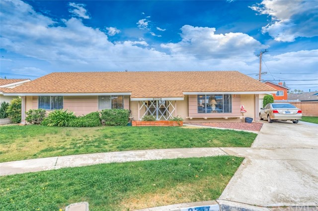2247 E Oshkosh Avenue, Anaheim, CA 92806