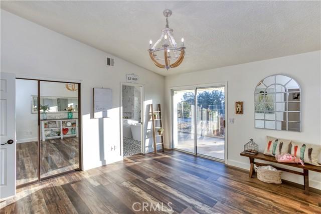 9175 Coleridge Rd, Oak Hills, CA 92344 Photo 22