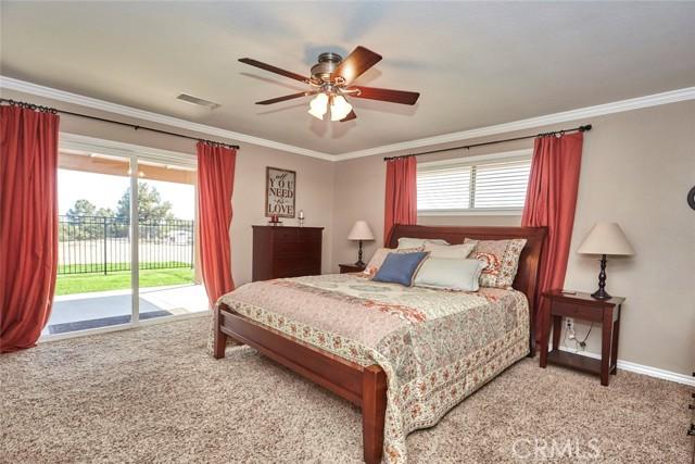 10224 Whitehaven St, Oak Hills, CA 92344 Photo 19