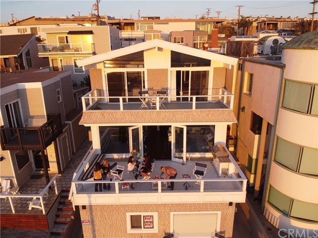 904 The Strand, Manhattan Beach, California 90266, 4 Bedrooms Bedrooms, ,2 BathroomsBathrooms,For Rent,The Strand,SB21072115