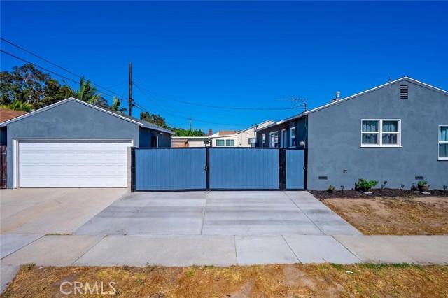 2. 2837 Allred Street Lakewood, CA 90712