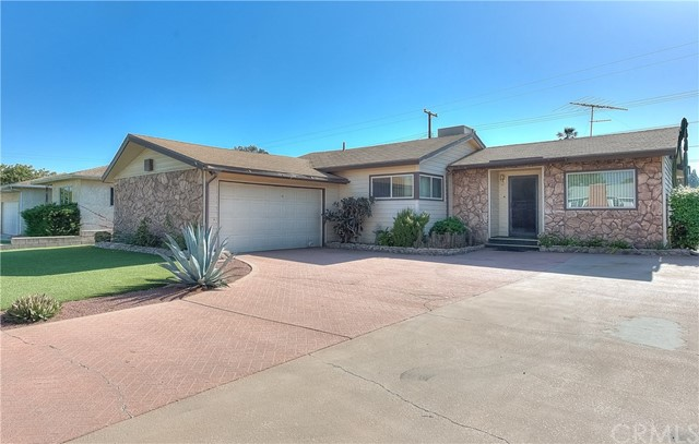 9960 Claremont Avenue, Bloomington, CA 92316