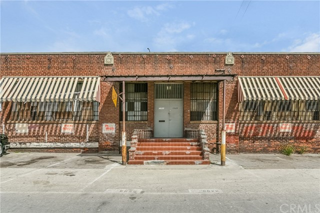 6820 Mckinley Avenue, Los Angeles, CA 90001