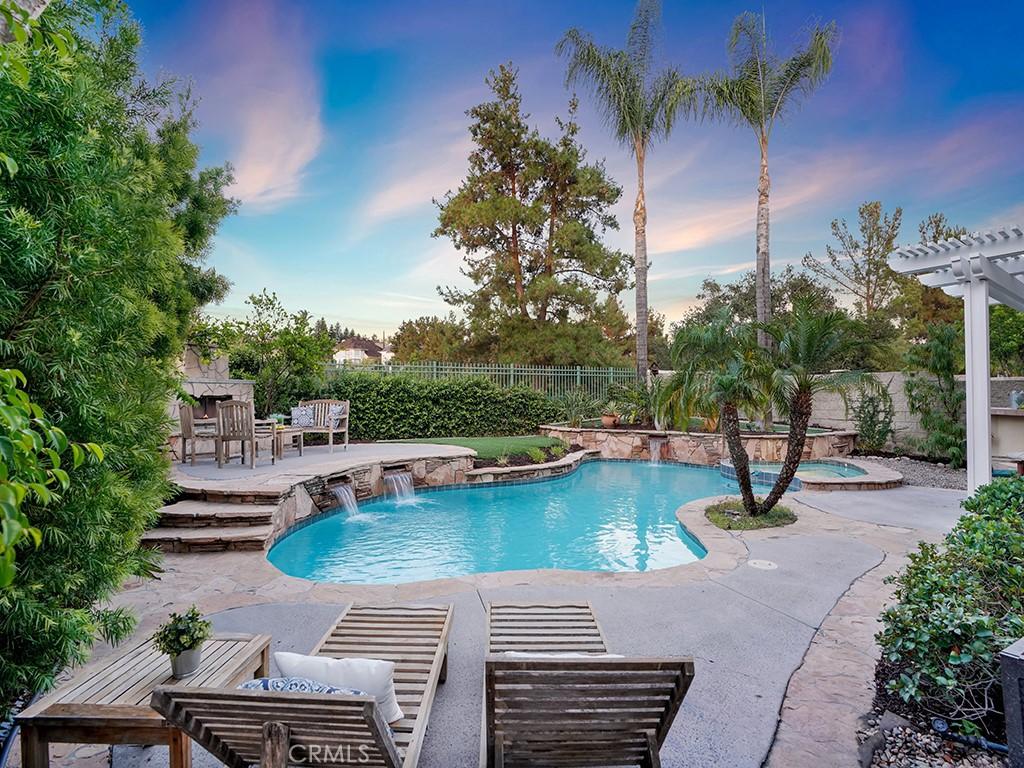 Photo of 49 Summitcrest, Rancho Santa Margarita, CA 92679