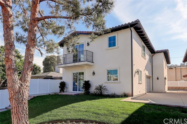3924 242nd Street, Torrance, California 90505, 3 Bedrooms Bedrooms, ,2 BathroomsBathrooms,Townhouse,For Sale,242nd,PV20019713