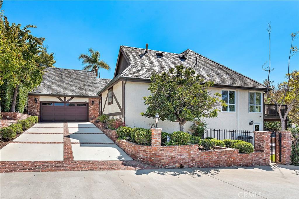 372 Newport Glen Court NE, Newport Beach, CA 92660