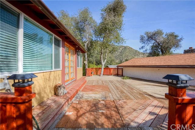 776 Melody Ln, Lytle Creek, CA 92358