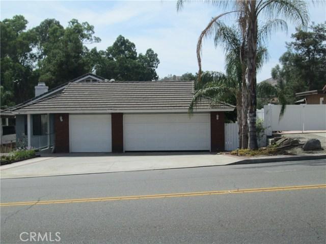 23325 Continental Drive, Canyon Lake, CA 92587