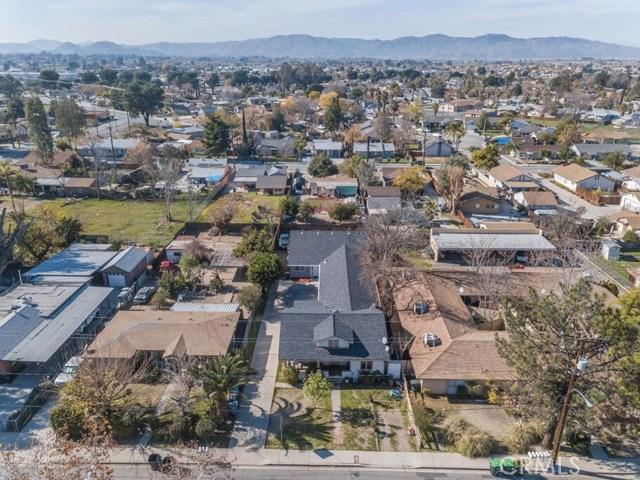298 S Santa Fe Avenue, San Jacinto, CA 92583