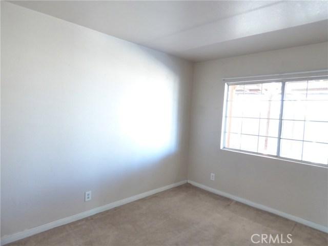 10974 Adobe Rd, Oak Hills, CA 92344 Photo 6