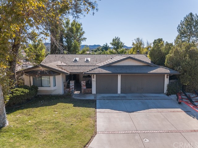 23831 Fair Weather Drive, Canyon Lake, CA 92587