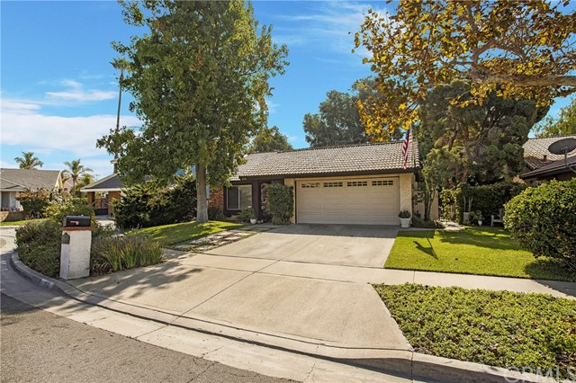 Property for sale at 1110 W Garry Avenue, Santa Ana,  California 92707