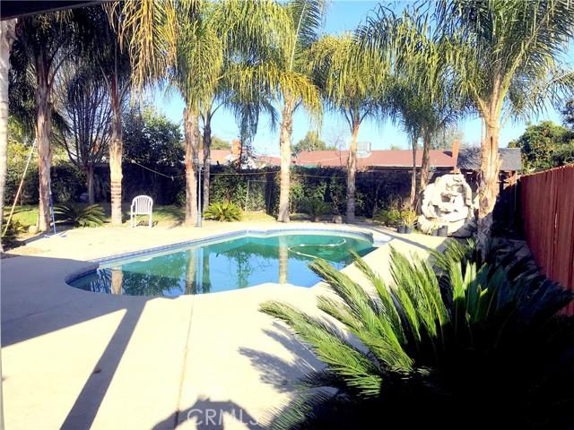1636 N Oak Park St, Visalia, CA 93291 Photo 2