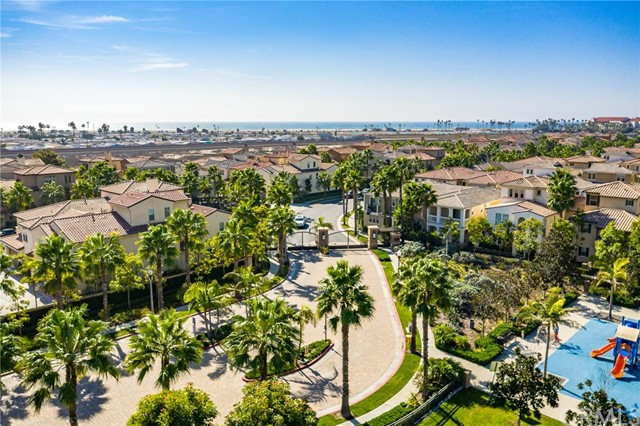 8200 Noelle Drive, Huntington Beach, CA 92646