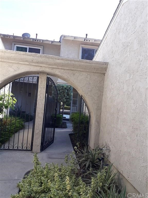 Image 2 for 10710 Avenida Compadres, Fountain Valley, CA 92708