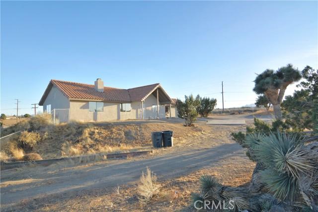 9715 Rose Dr, Oak Hills, CA 92344 Photo 9