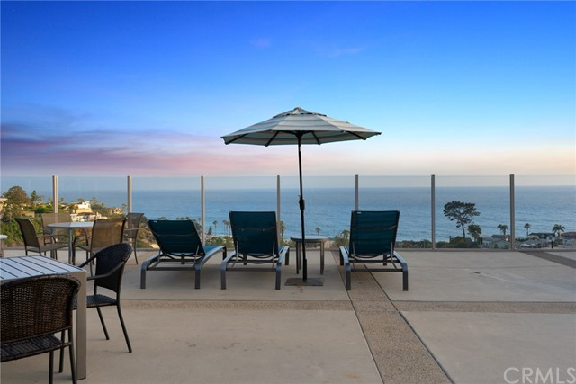27. 21692 Ocean Vista Drive #C Laguna Beach, CA 92651