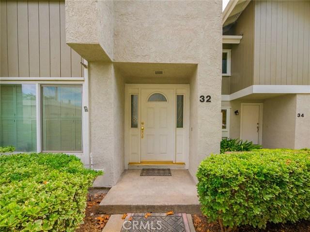 32 Butterfield 16, Irvine, CA 92604