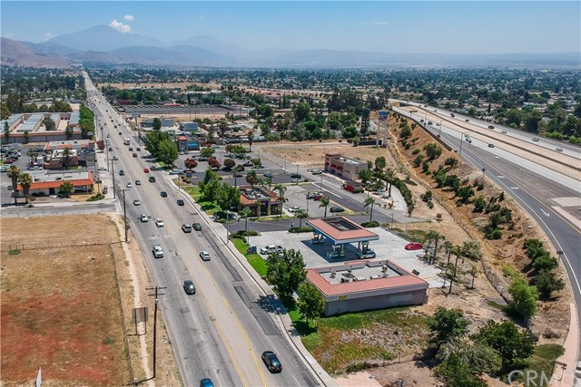 2505 E Highland Avenue, Highland, CA 92376