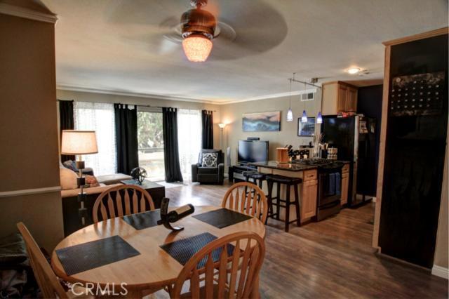 1600 Ardmore 211, Hermosa Beach, California 90254, 2 Bedrooms Bedrooms, ,2 BathroomsBathrooms,For Sale,Ardmore,SB13098340