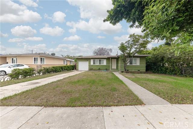 1114 Camden Place, Santa Ana, CA 92707