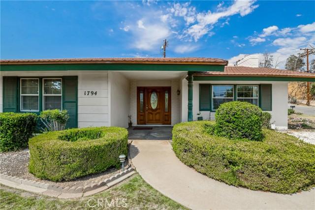 1794 Bonita Vista Drive, San Bernardino, CA 92404