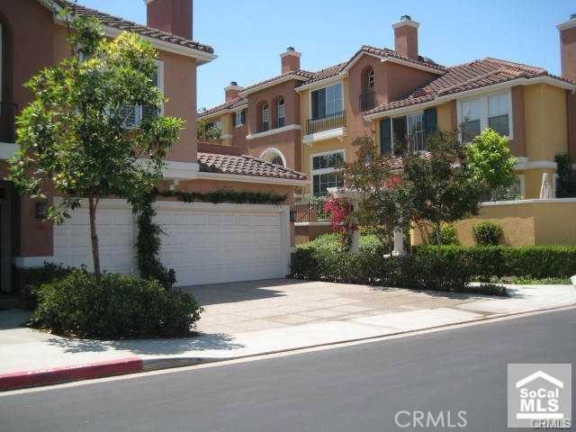510 Marinella Aisle, Irvine, CA 92606 Photo 2