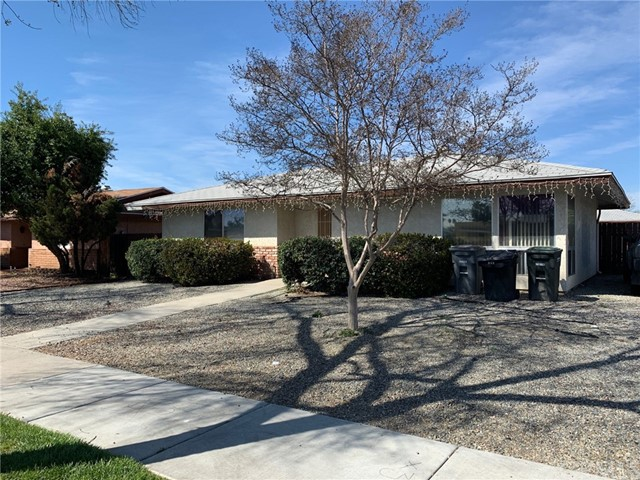 752 W Whittier Avenue, Hemet, CA 92543