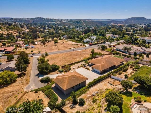 635 Altamira Court, Vista, CA 92081