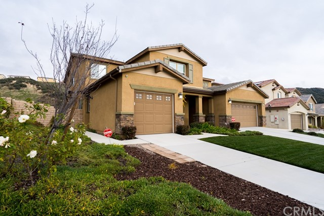 4067 Running Oak Lane, San Bernardino, CA 92407