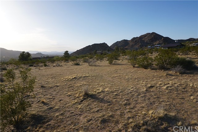 8776 Uphill Road, Joshua Tree, CA 92252
