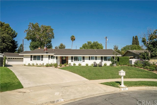 1261 Lucinda Way, North Tustin, CA 92780