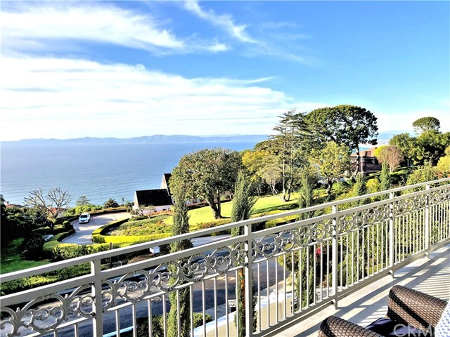 1020 Via Mirabel, Palos Verdes Estates, California 90274, 4 Bedrooms Bedrooms, ,5 BathroomsBathrooms,For Sale,Via Mirabel,TR20025918