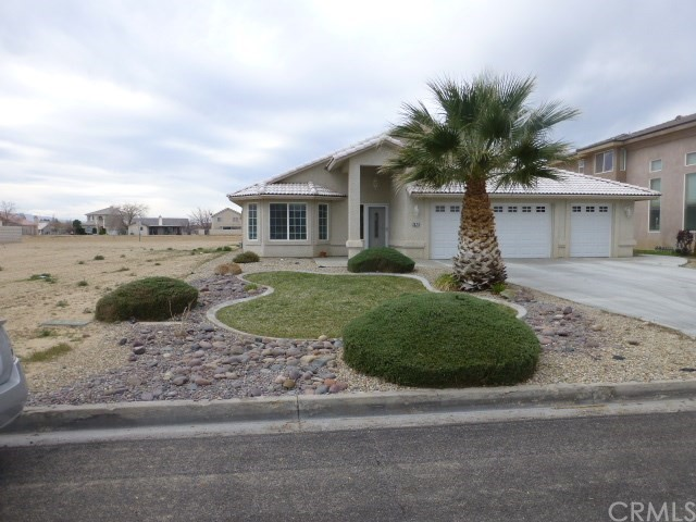 26781 Lakeview Drive, Helendale, CA 92342