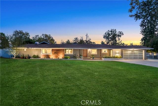1326 Muirfield Road, Riverside, CA 92506