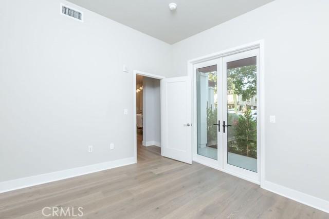 20. 719 S Marengo Avenue #1 Pasadena, CA 91106