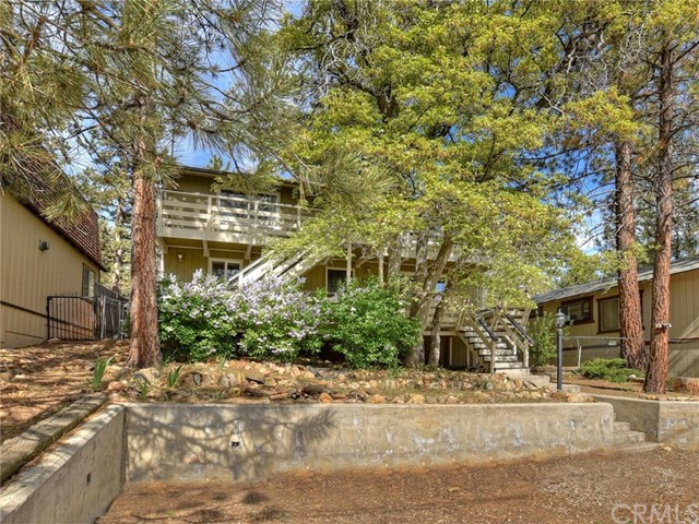 760 Spruce Lane, Sugar Loaf, CA 92386