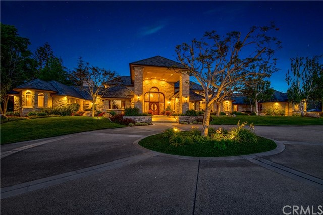 Photo of 32 Country Glen Road, Fallbrook, CA 92028